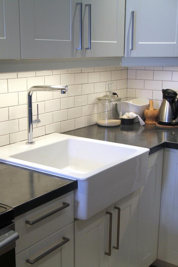 modern farmhouse faucets | faucets | modern farmhouse bath | modern farmhouse kitchen | farmhouse faucets | modern faucets