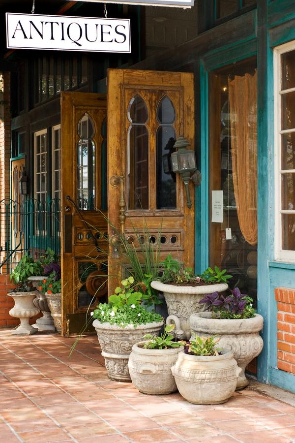How to vintage shop like Joanna Gaines | joanna gaines | magnolia mania | vintage shop | fixer upper | joanna gaines style | how to | vintage | vintage shops | antiques | decor | design