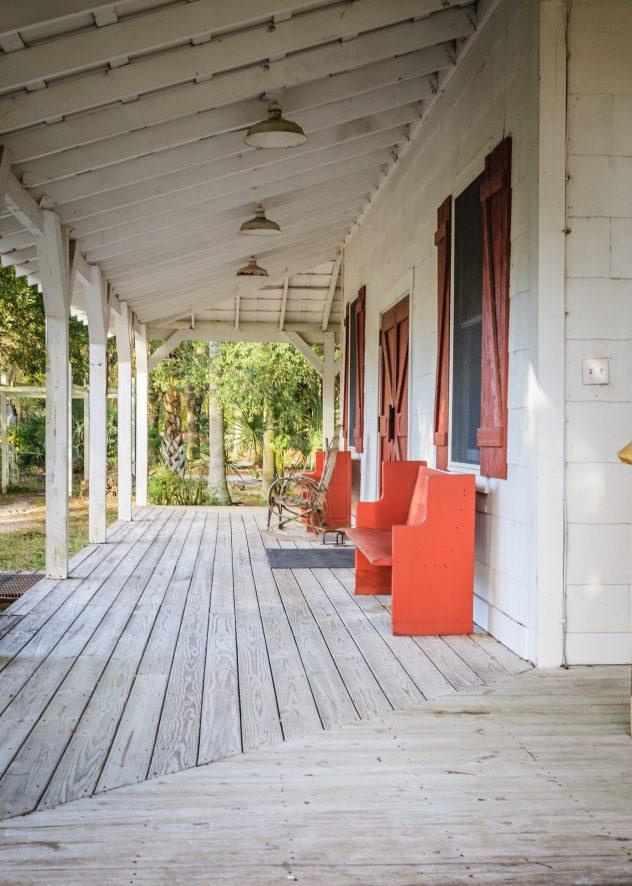 modern farmhouse summer | modern farmhouse summer decor | modern farmhouse must haves | summer decor | modern farmhouse decor | decor | home decor