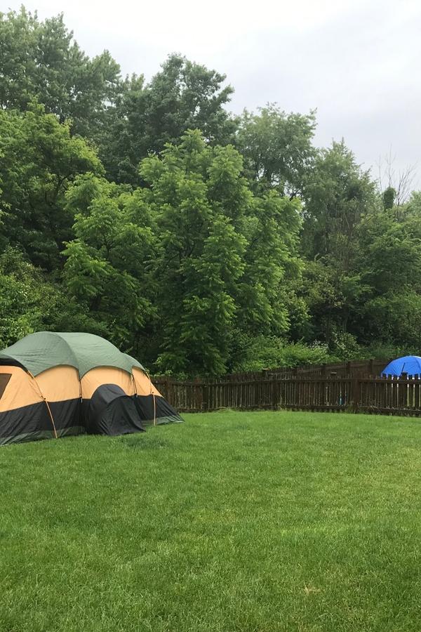 Backyard Camping | rustic life | camping | backyard | camping in the backyard | outdoors | summer