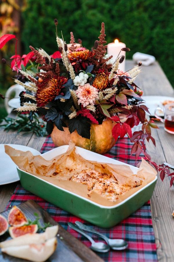 Rustic Outdoor Thanksgiving Dinner | rustic | outdoor Thanksgiving dinner | Rustic Thanksgiving dinner ideas | Thanksgiving
