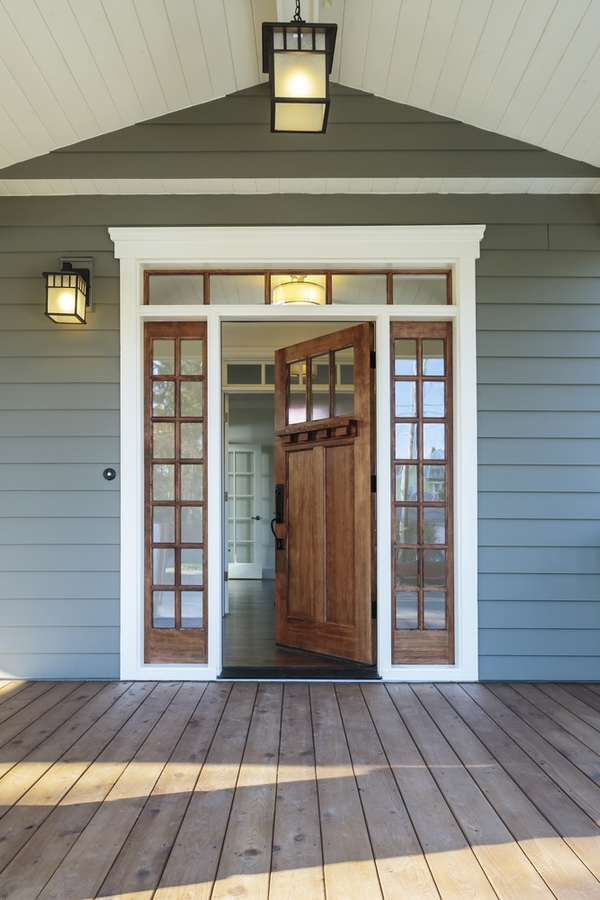 Do you love the look of modern farmhouses? Here are the best modern farmhouse exterior door colors to help you transform your home. A nice wood stain is always a good idea.