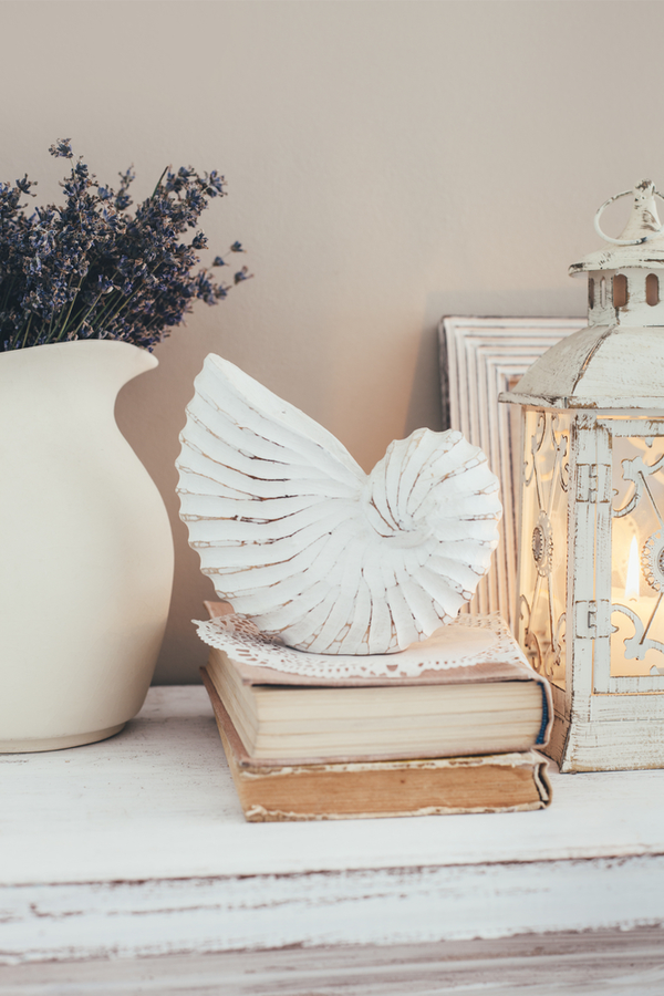 When you need modern farmhouse decor ideas, all you need to do is visit Pickled Barrel for a collection of favorites. See everything from classic ideas to beachy perfection! You will love the way these decor pieces look in your home!