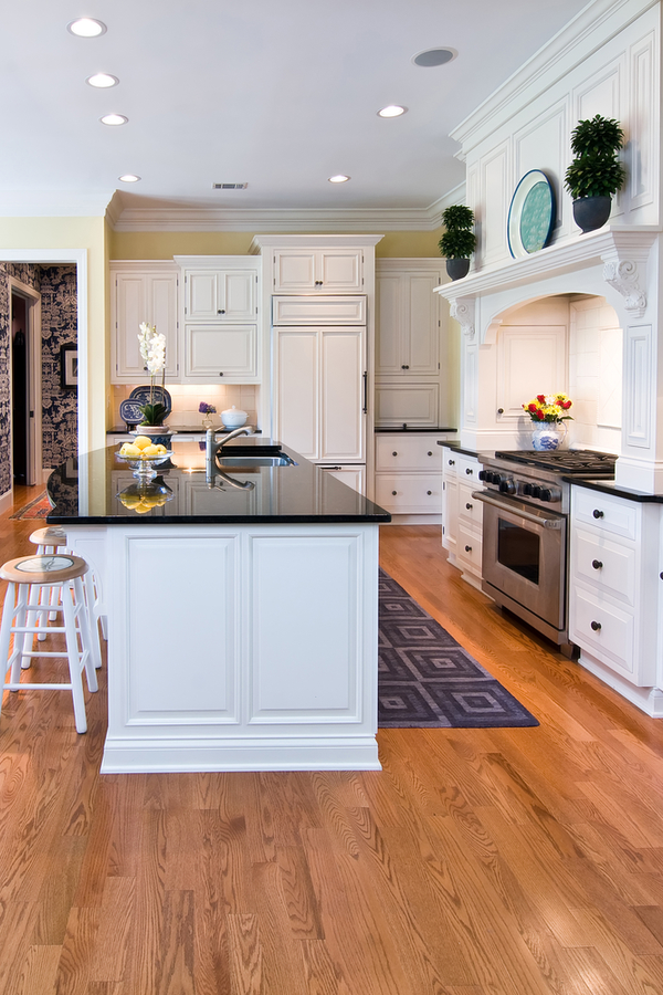 There's nothing quite like modern farmhouse kitchens. This post is the place to find the best inspiration--and all in one spot! Here are my favorite ideas for the dreamiest farmhouse kitchens.
