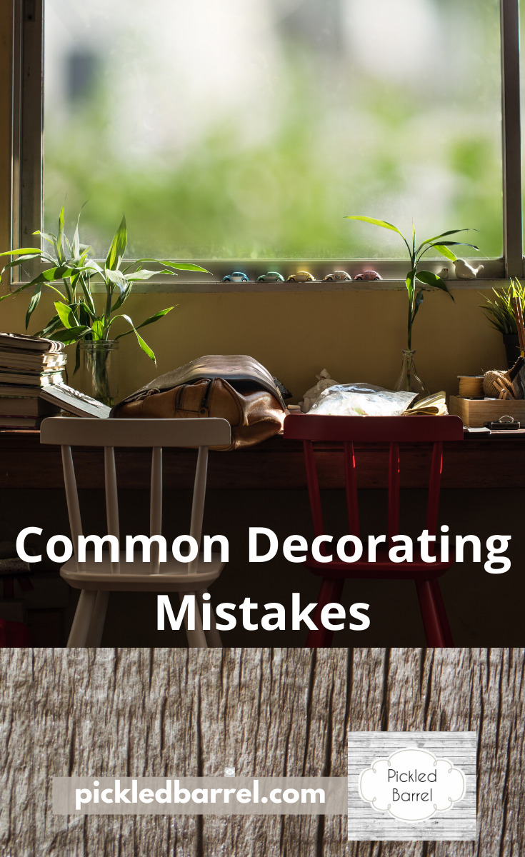 No matter how beautiful your decor is, a few common decorating mistakes can make all that look go away and be overshadowed by a messy feel. Learn what not to do by reading this post about decorating mistakes that are commonly made. #decoratingmistakes #interiordecorating #pickeledbarrelblog
