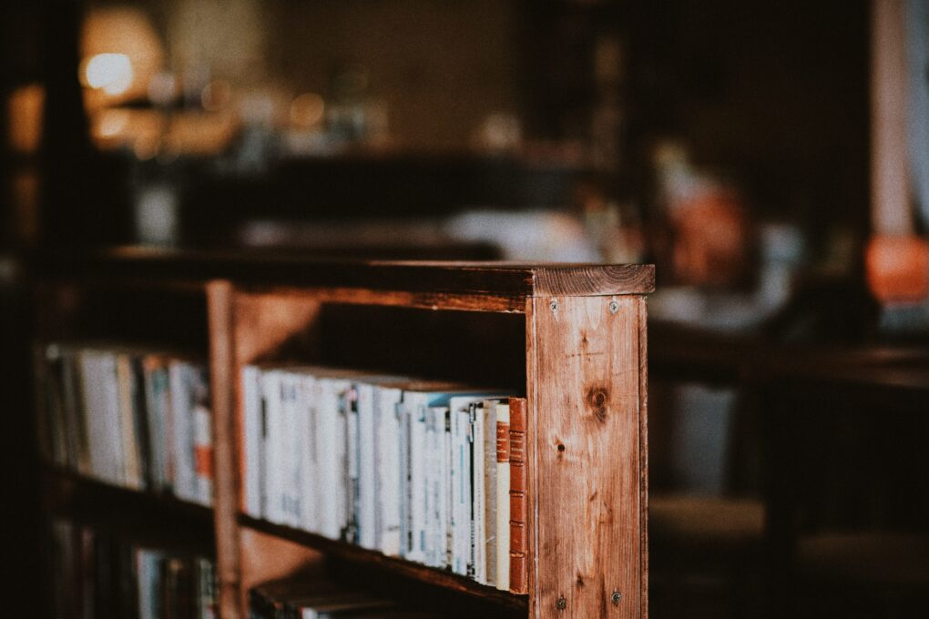 Farmhouse bookshelf wooden box